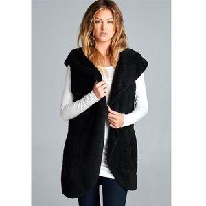 Jackets & Blazers - Last 2! 🌟Faux Fur Plush Hoodie Vest